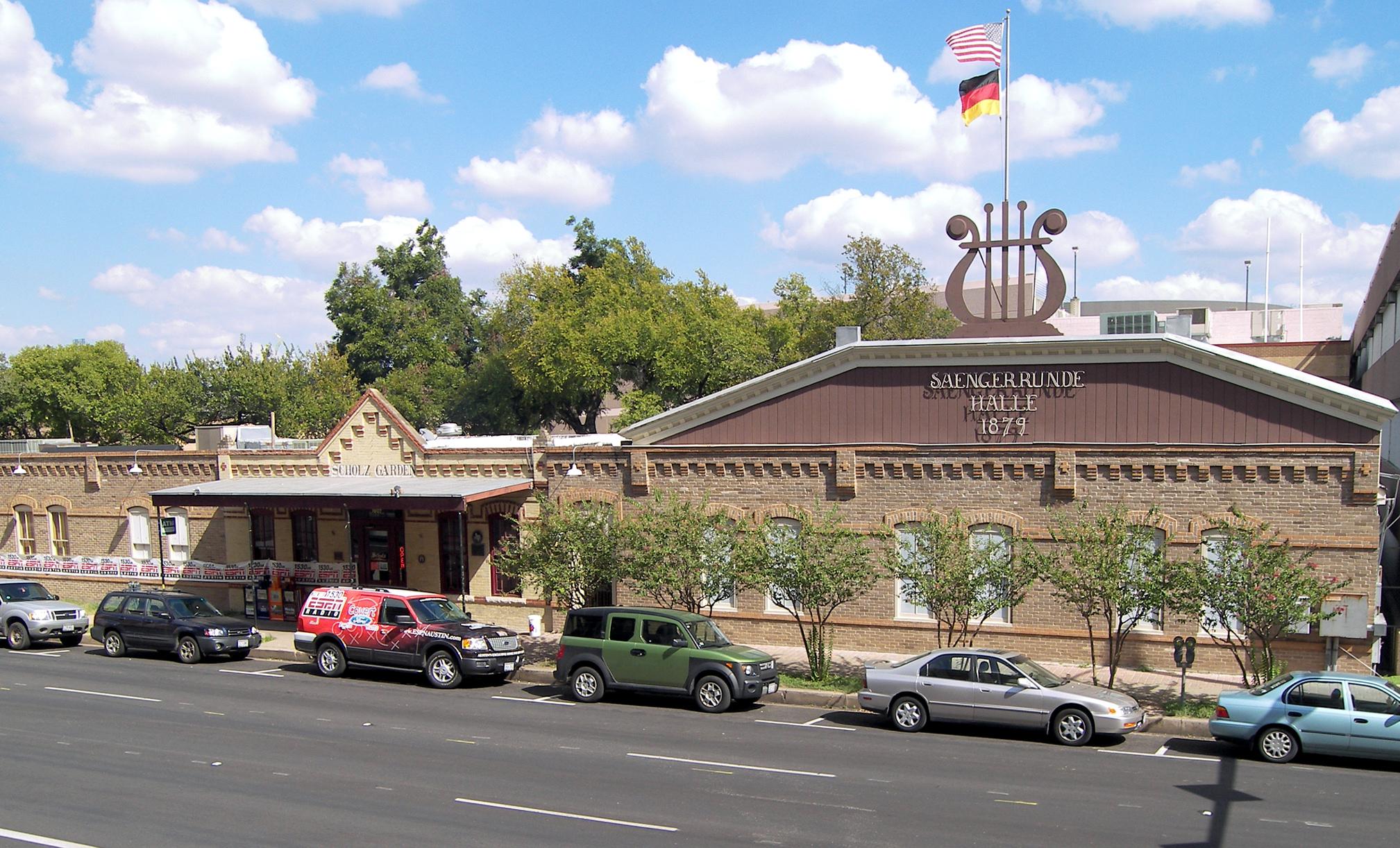 Austin History Center Event Recreates th Century Beer Garden